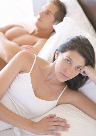 Sadece kendi isteklerinize yoğunlaşın  Yeni bir yer deneyin. Mekan değişikliği yaparak seks hayatınıza biraz yenilik ve heyecan katabilirsiniz. Bir otel odası kiralayın.